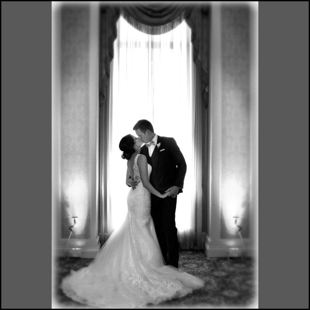 Carolyn_and_Michael_St_Louis_Wedding_Photos-40-1024x1024
