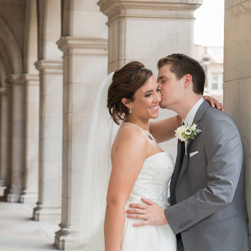 Link to Greater St Louis area Wedding Photographers gallery: Rebecca and Taylor