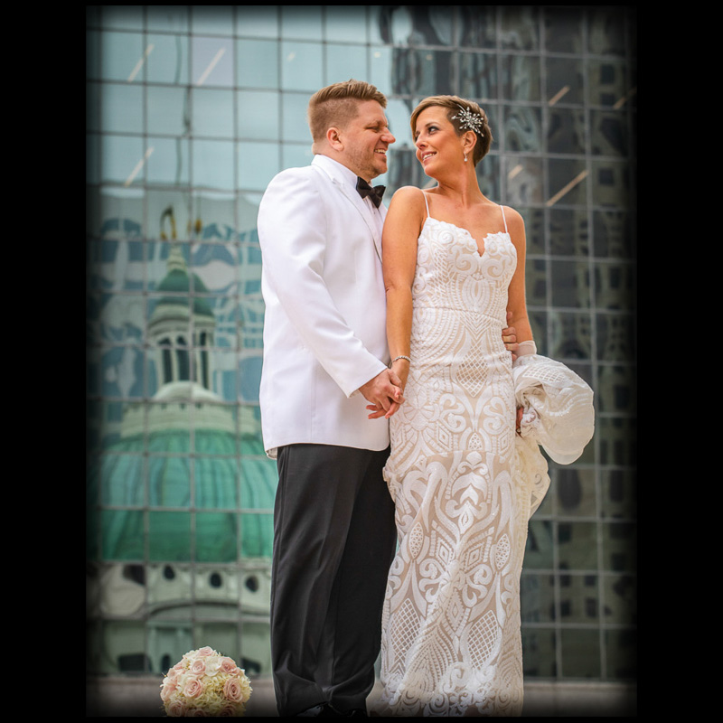 Link to Greater St Louis area Wedding Photographers gallery: Laura and Michael