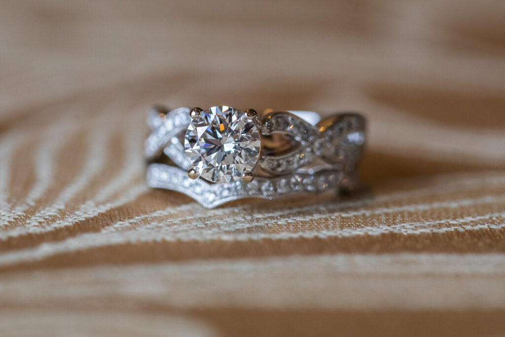 A gallery of Greater St Louis area wedding photography: Rachel and Steve