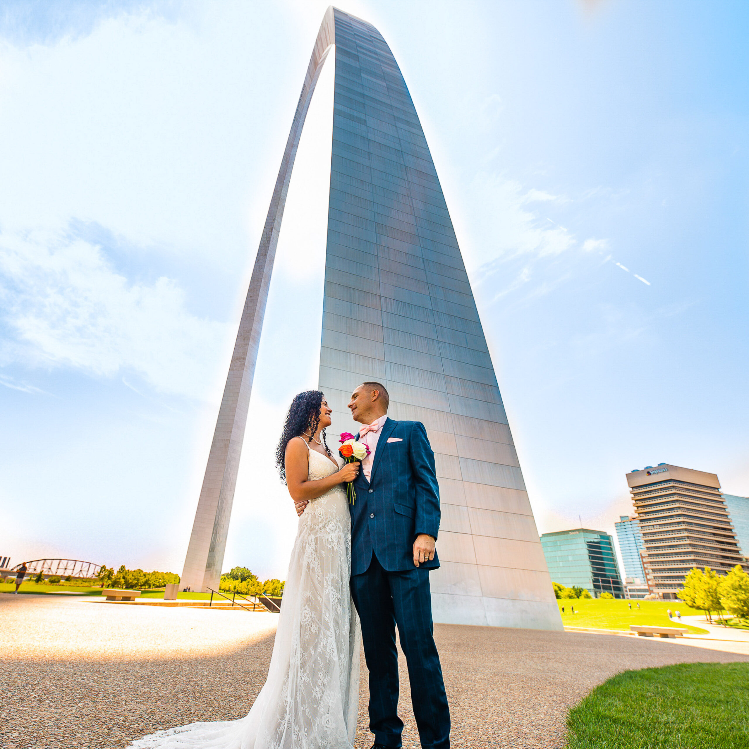 Link into greater St Louis wedding photography gallery: Nicole & Daniel